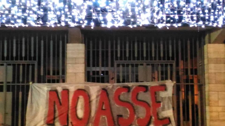 I No Asse di Viareggio al corteo No Tav di Torino