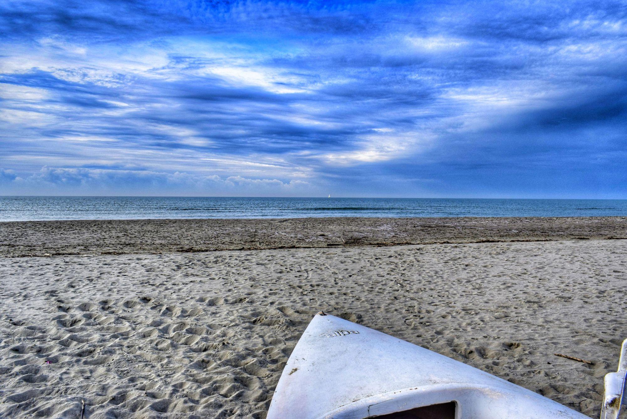 Tragedia in mare a Fiumetto, muore in acqua affogato