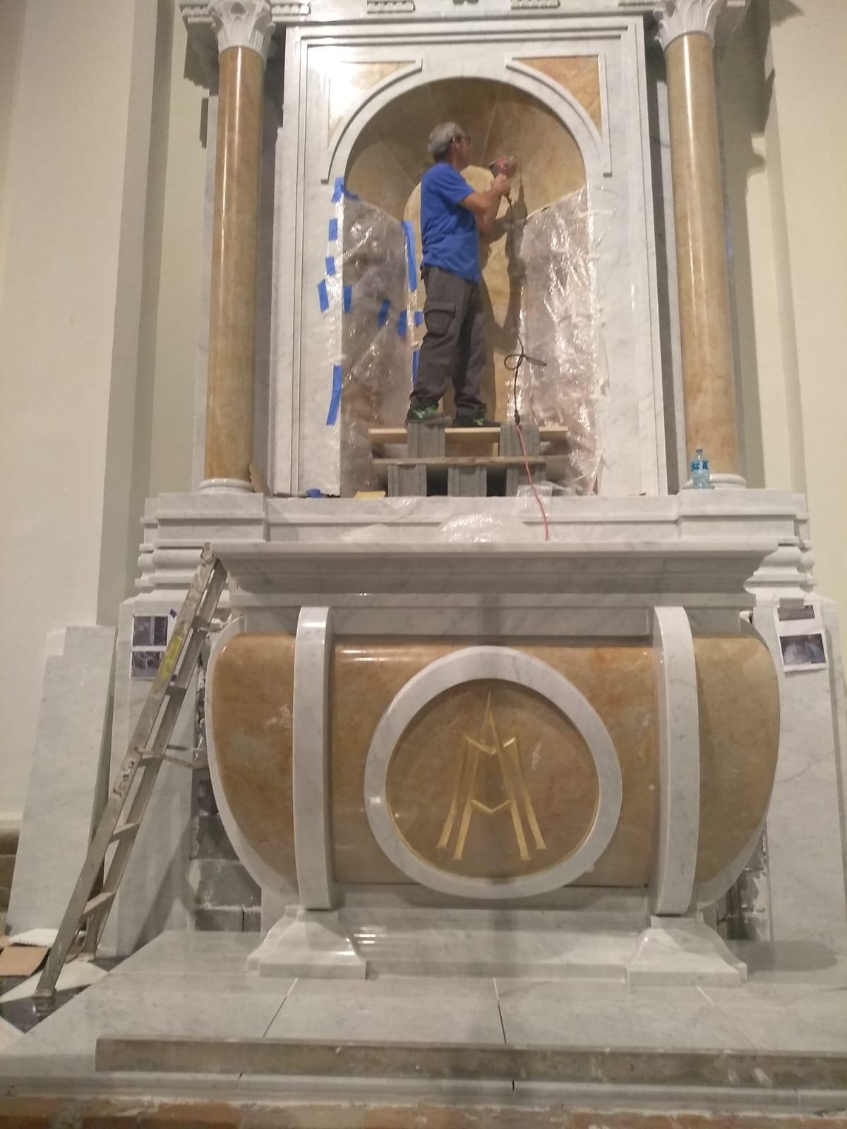 Papa Francesco consacra a Panama un altare made in Pietrasanta