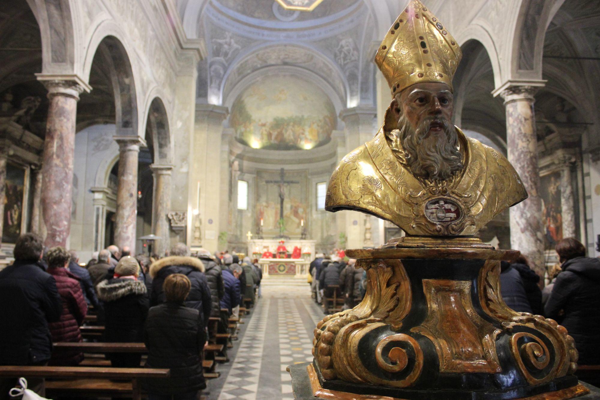 San Biagiodarecord,240 espositori tra sacro e profano