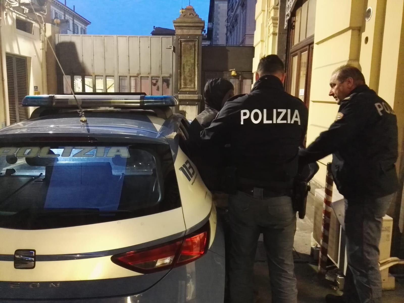 Rissa in strada, interviene la Polizia