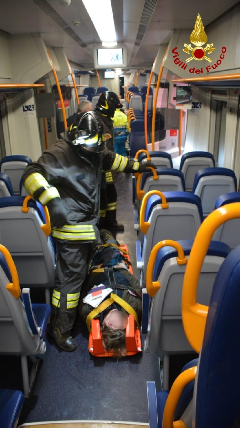 Anche i vigili del fuoco di Lucca all'esercitazione: testato il piano d'emergenza ferroviaria