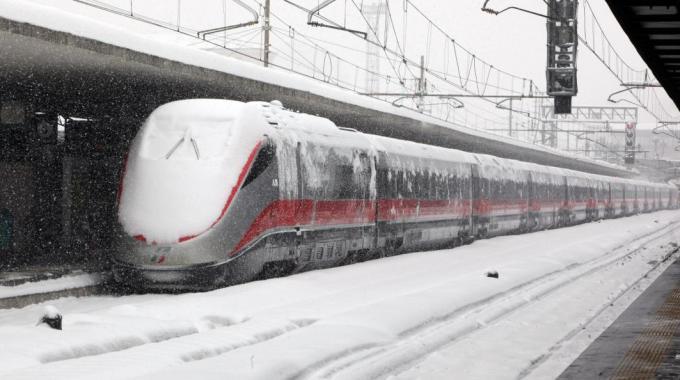 Maltempo e treni, attivo in Toscana il piano neve e gelo