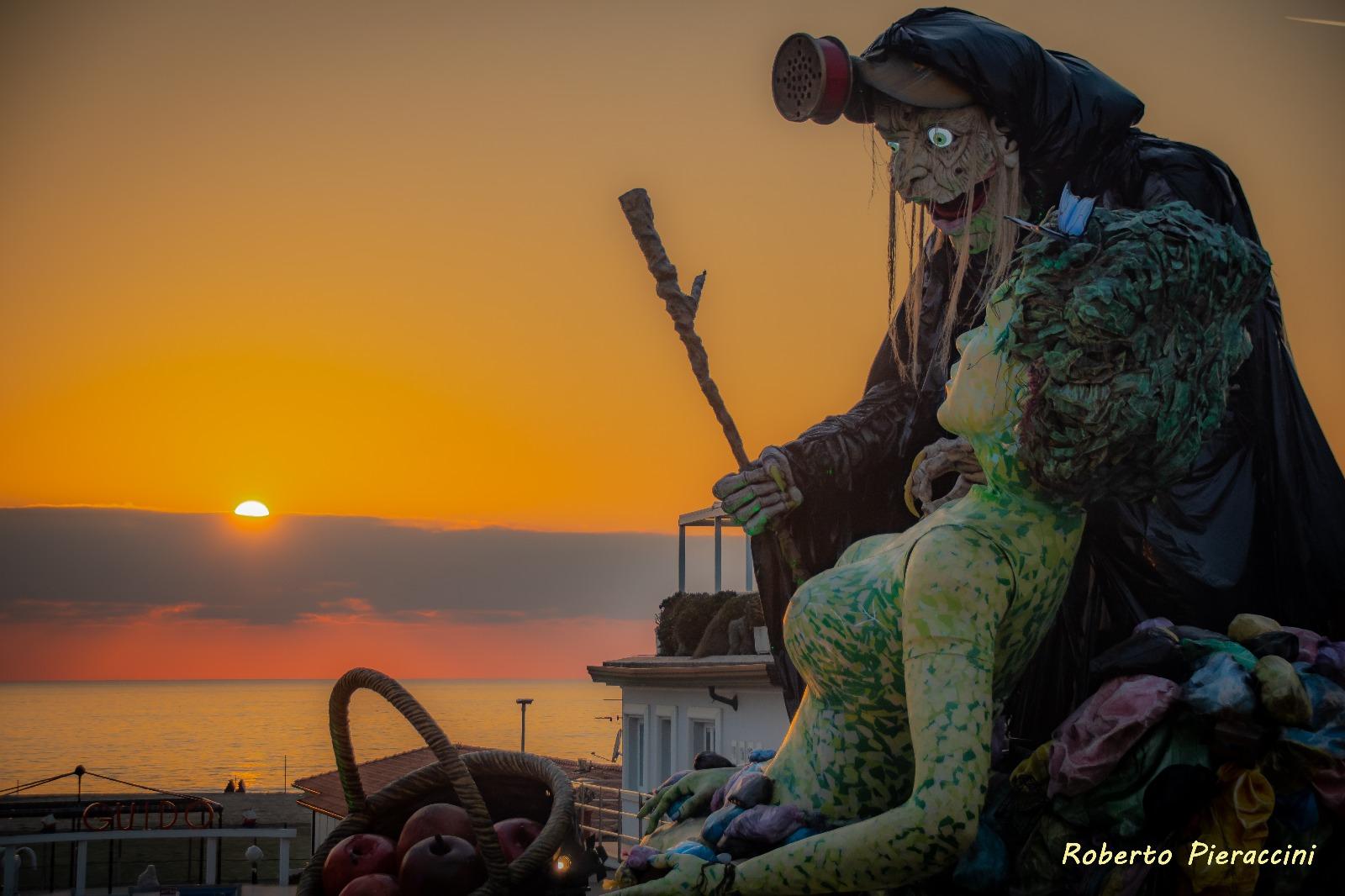 Carnevale di Viareggio, continua l'impegno di Gabriele Bianchi (M5S) affinché diventi Patrimonio Unesco