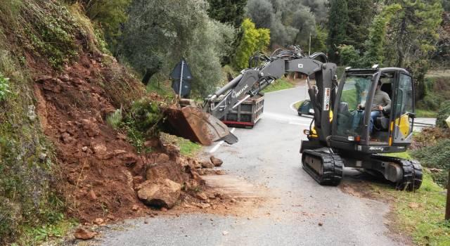 Maltempo, a Camaiore allagamenti, frane e incidenti