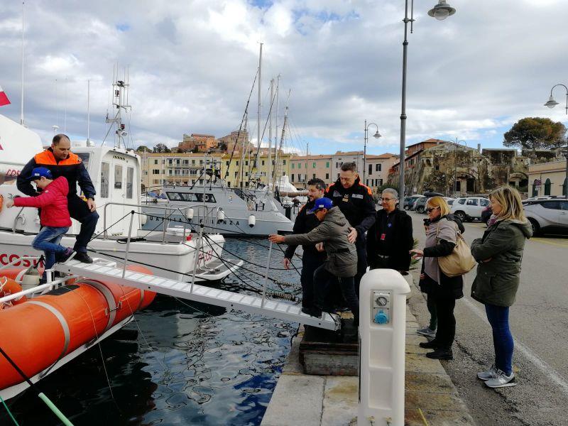 La Capitaneria di Porto di Portoferraio ha aperto le porte ai piccoli studenti
