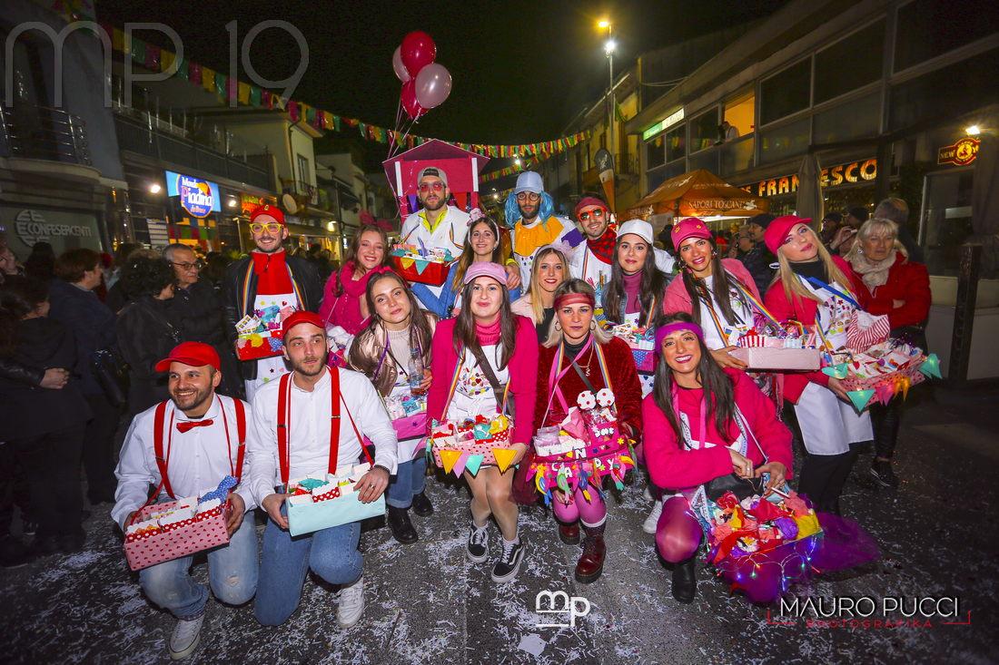 Carneval Darsena, buona la prima: tutte le foto di Mauro Pucci