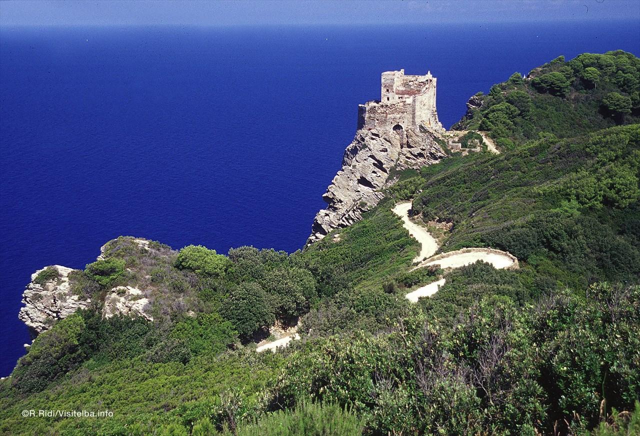 Gorgona, al via dal 6 aprile le visite all'isola carcere