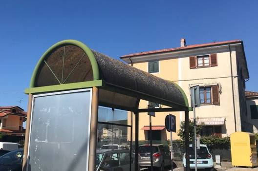 Lavori di riqualificazione delle pensiline degli autobus lungo la Sarzanese e sulla via di Montramito