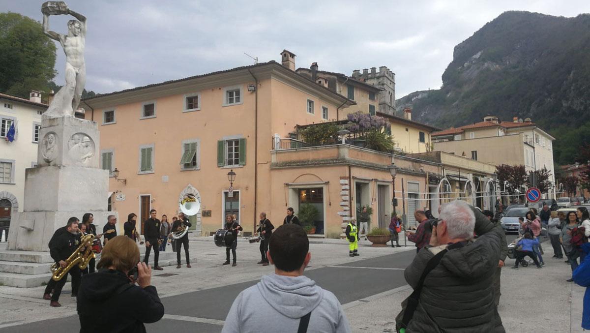Gran successo a Seravezza per la Giornata internazionale dei siti Unesco