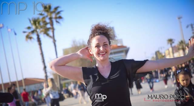 Ritmo caliente, flash mob a Viareggio: tutte le foto di Mauro Pucci