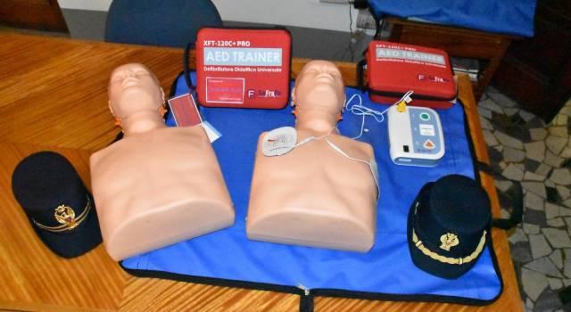 Continua la formazione del personale della Polizia di Stato all'uso del defibrillatore