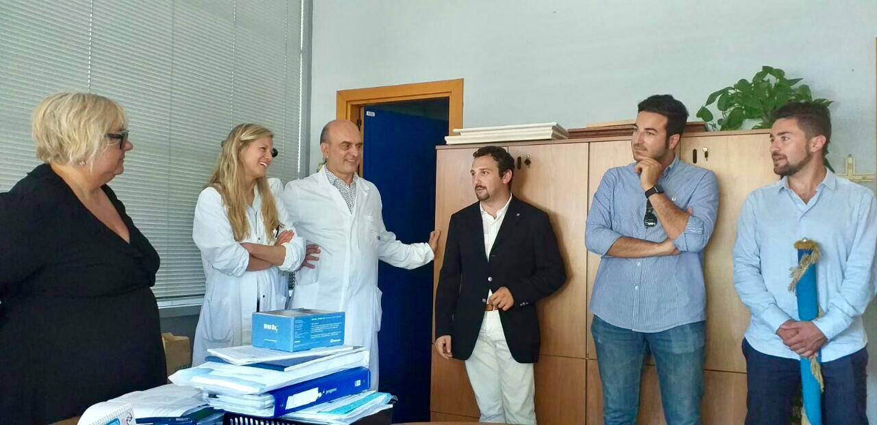 """Ospedale """"Versilia"""": il Rotaract Club ed il Leo Club donano un macchinario ad Otorino"""