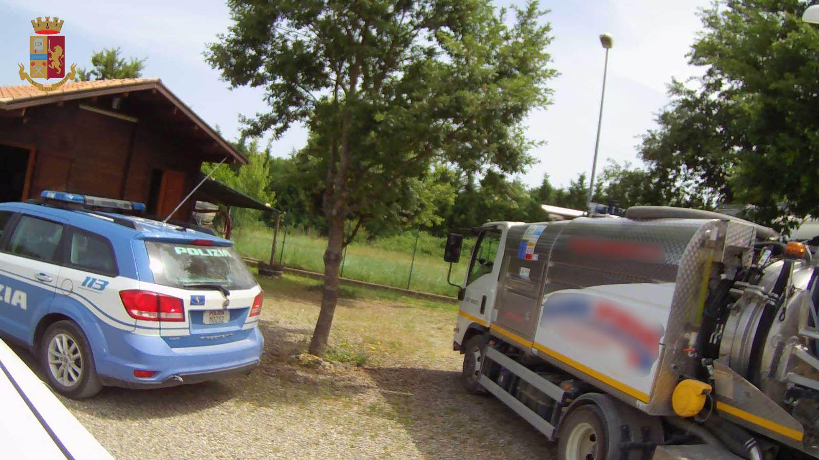 Trasporta rifiuti sulla Palio ma non è in regola: multato per più di tremila euro