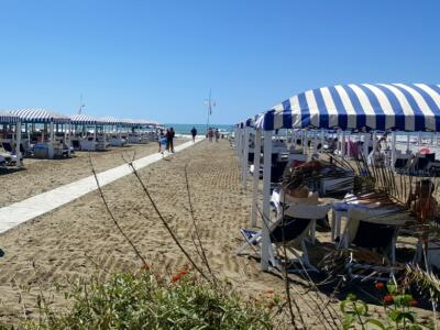 Covid: stop alle feste in spiaggia a Forte dei Marmi