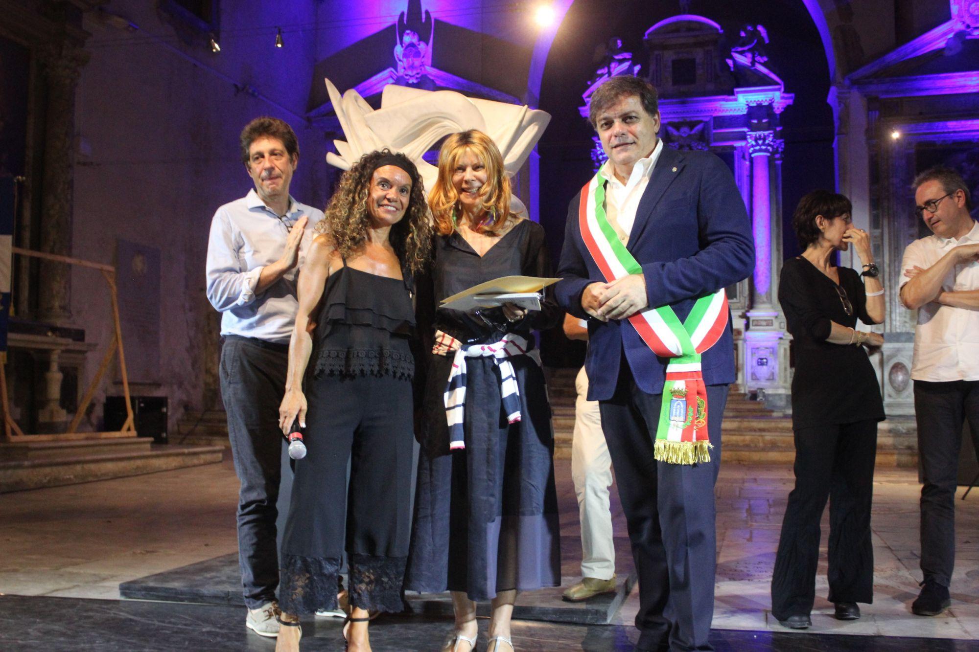Premio Carducci: Antonella Anedda vince 63esima edizione