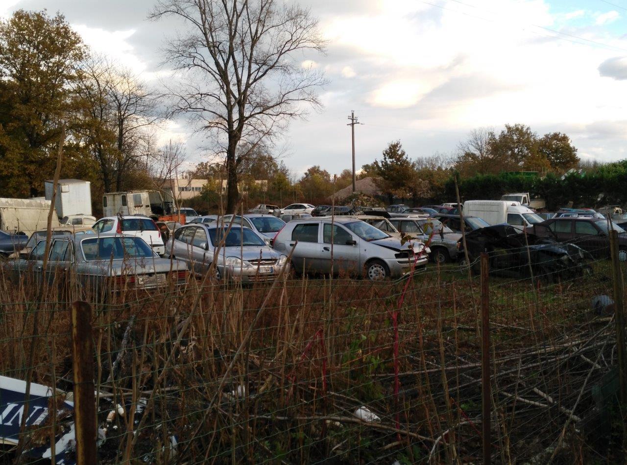 """Bonificato il """"cimitero di auto"""" sequestrato"""