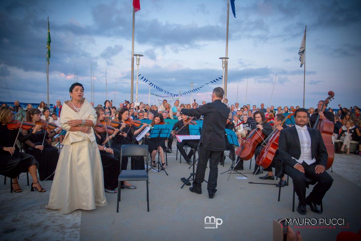 Concerto all'alba a Forte dei Marmi, le foto di Mauro Pucci
