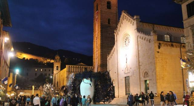 Bellezza, creatività, artigianato, design ed animazione artistica a Pietrasanta