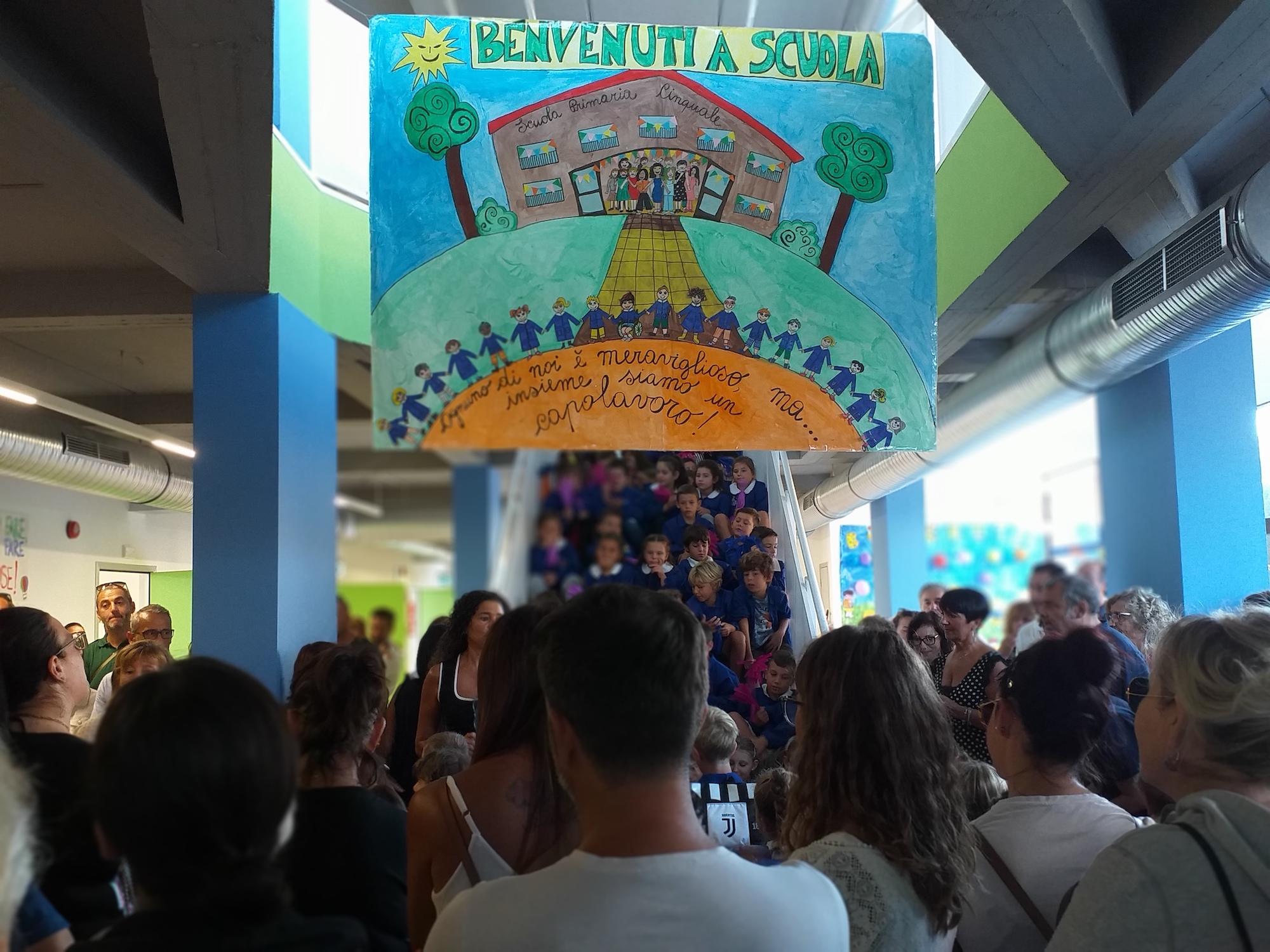 Inaugurata la nuova scuola Primaria di Cinquale. Una festa per la città di Montignoso