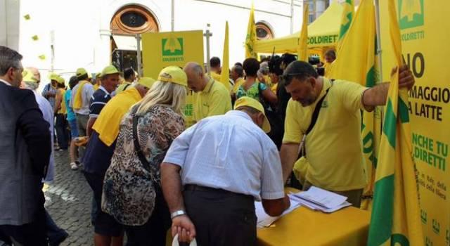 Foto firma petizione Coldiretti