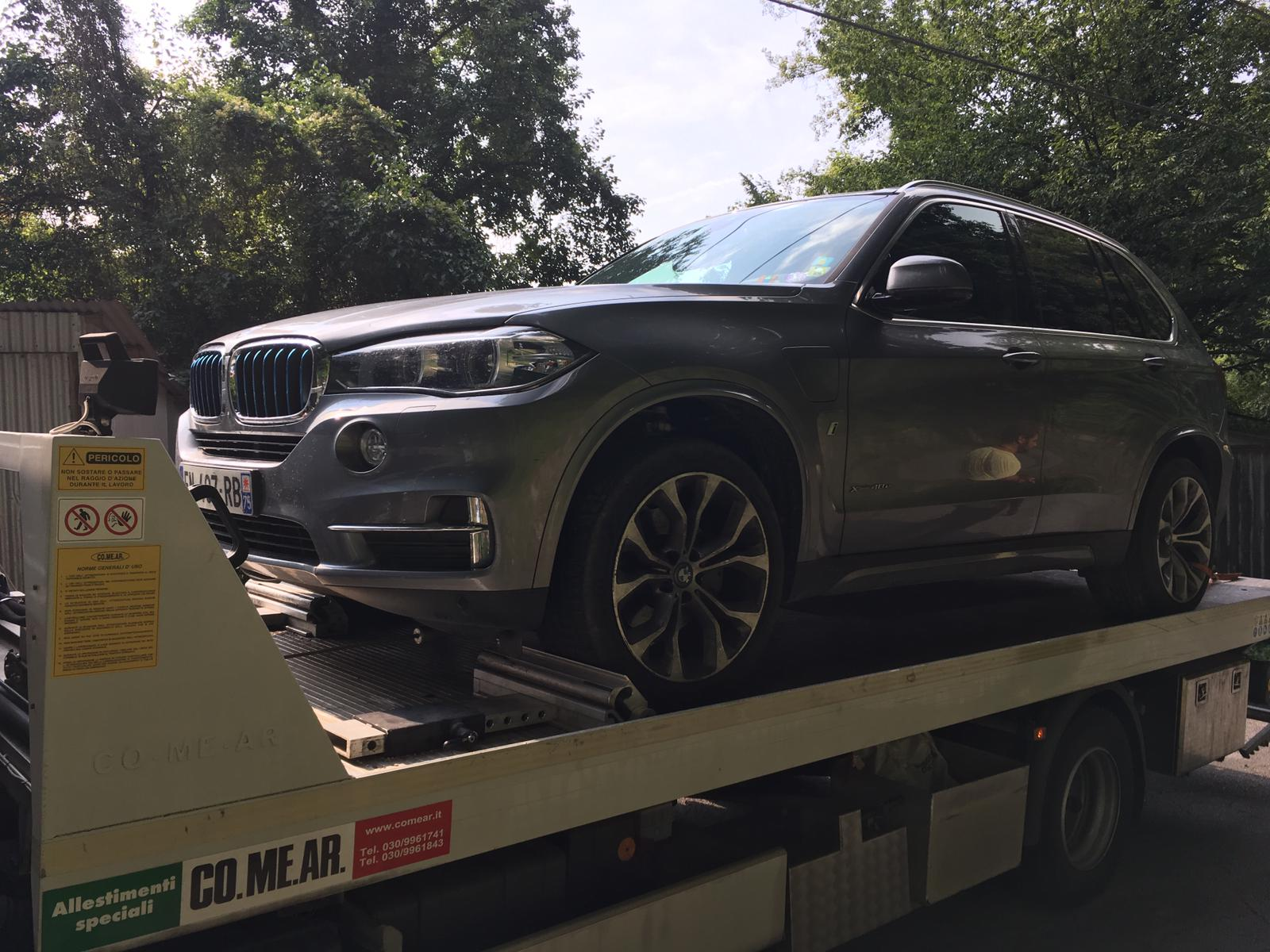 Ritrovata sulle colline di Camaiore l'ennesima auto di grossa cilindrata rubata