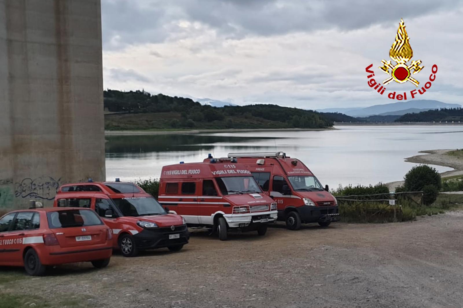 Un disperso al lago di Bilancino, ricerche in corso