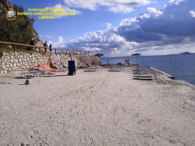 Occupazione abusiva di spiaggia all'Elba, interviene il Roan