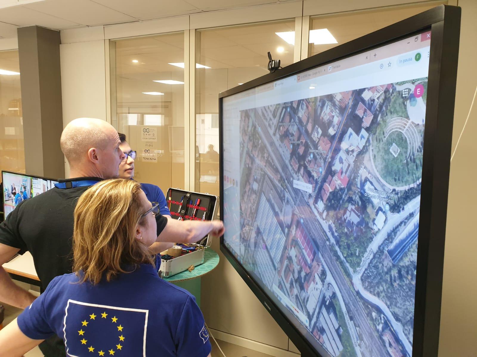 Rischio alluvione, esercitazione internazionale dei vigili del fuoco e della protezione civile della Toscana