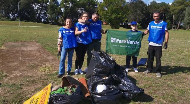 Fare Verde Versilia al Parco di Bussola Domani: raccolti 2 quintali di rifiuti