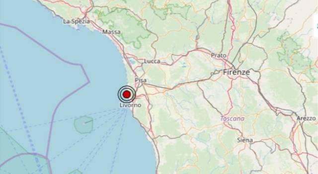 Trema la costa toscana, scossa di terremoto nella notte: epicentro in mare