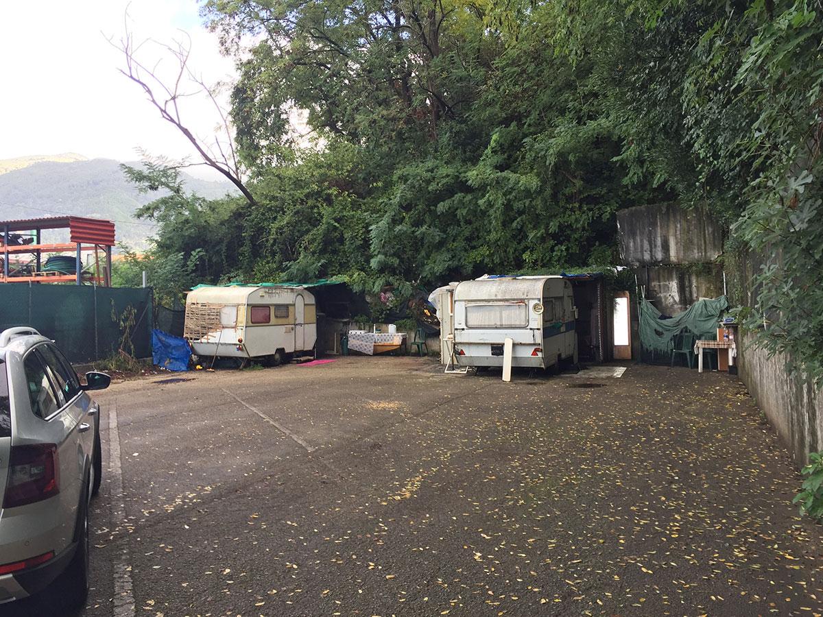 Bonificato il parcheggio di via Deposito a Querceta - Versiliatoday.it