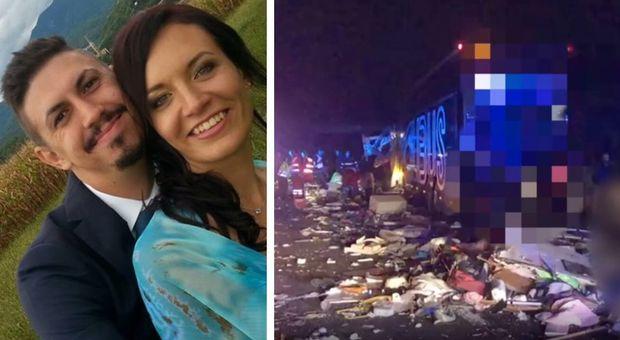 Tornano dai Comics, bus coinvolto in un tragico incidente: morti babbo, mamma e bimba di 5 mesi