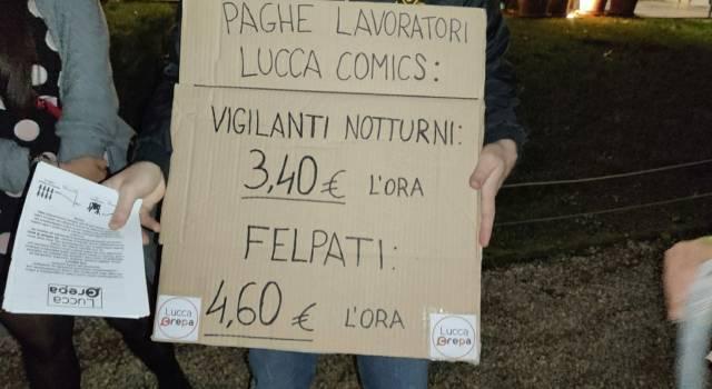 Lavoratori del Lucca Comics con paghe da fame: la protesta va in scena alla kermesse dei cosplayers