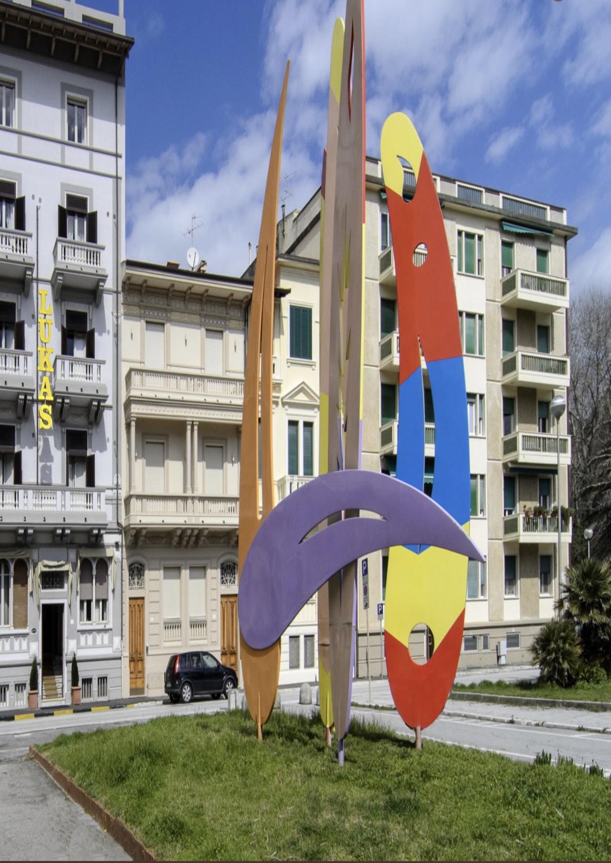 """""""Dove sono sparite le """"Oceaniche"""", ovvero l'opera d'arte donata alla città di Viareggio dal maestro Giulio Turcato nel 1990?"""""""