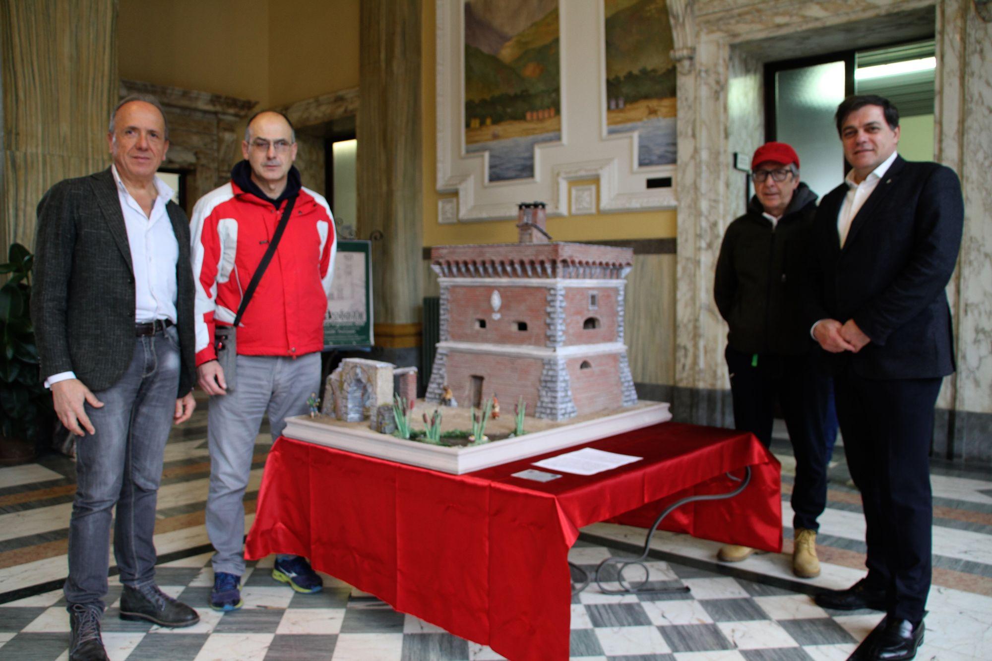 La Torre Beltrame in miniatura (1:28) in mostra in Municipio