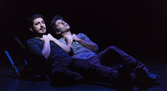 """La montagna, maestra di vita con lo spettacolo """"Un alt(r)o Everest"""" con Mattia Fabris e Jacopo Bicocchi"""