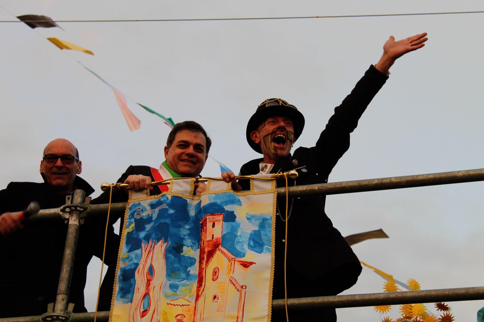 50mila euro d'incasso per il Carnevale pietrasantino