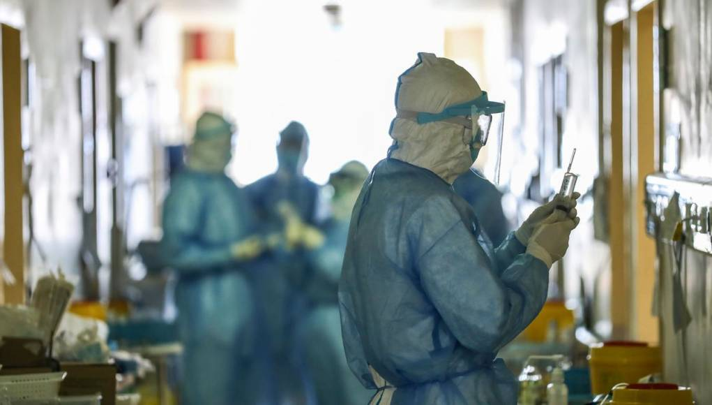 """Emergenza Coronavirus, la Asl: """"In arrivo 100 infermieri in più e reperibilità notturna e festiva nei reparti di malattie infettive"""""""