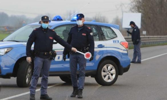 """Controlli Covid 19, a Viareggio aumentano le violazioni, la Polizia: """"Il diktat continua ad essere quello di rimanere in casa. Nell'interesse di ognuno di noi"""""""
