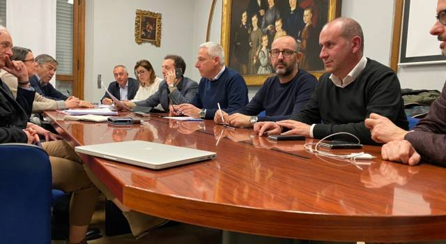 Coronavirus in Versilia, summit dei sindaci: annullati tutti gli eventi fino al 3 aprile, chiusi musei e biblioteche