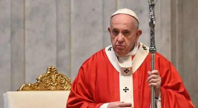 La Santa Messa di Pasqua del Papa e il messaggio Urbi et Orbi in San Pietro senza fedeli e in diretta streaming