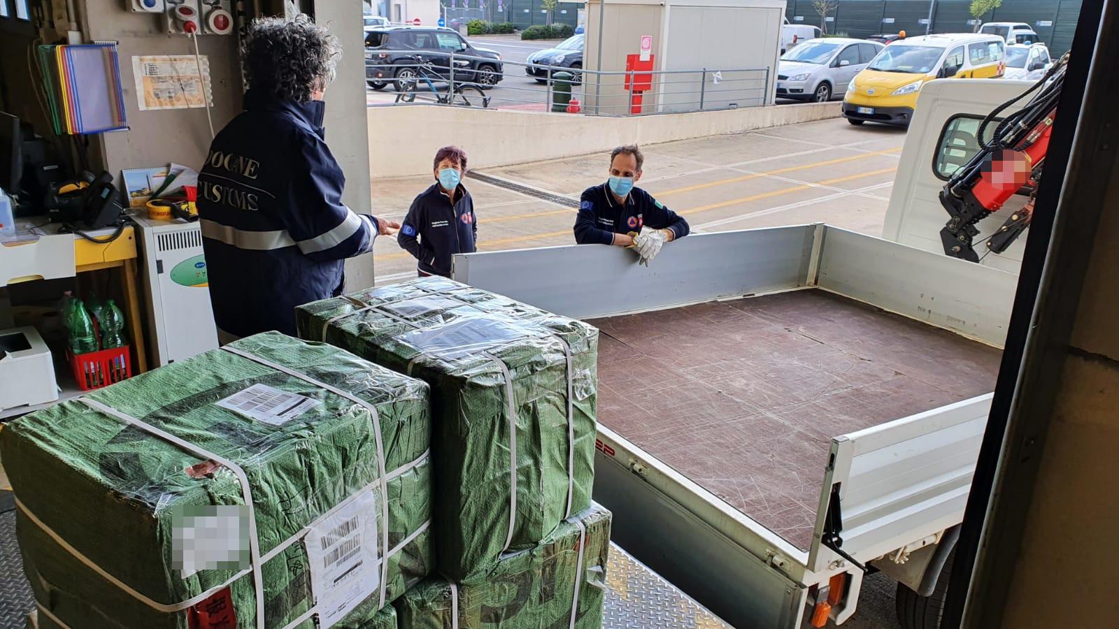 Intercettate dall'Agenzia Dogane e requisite 15mila mascherine provenienti dalla Cina