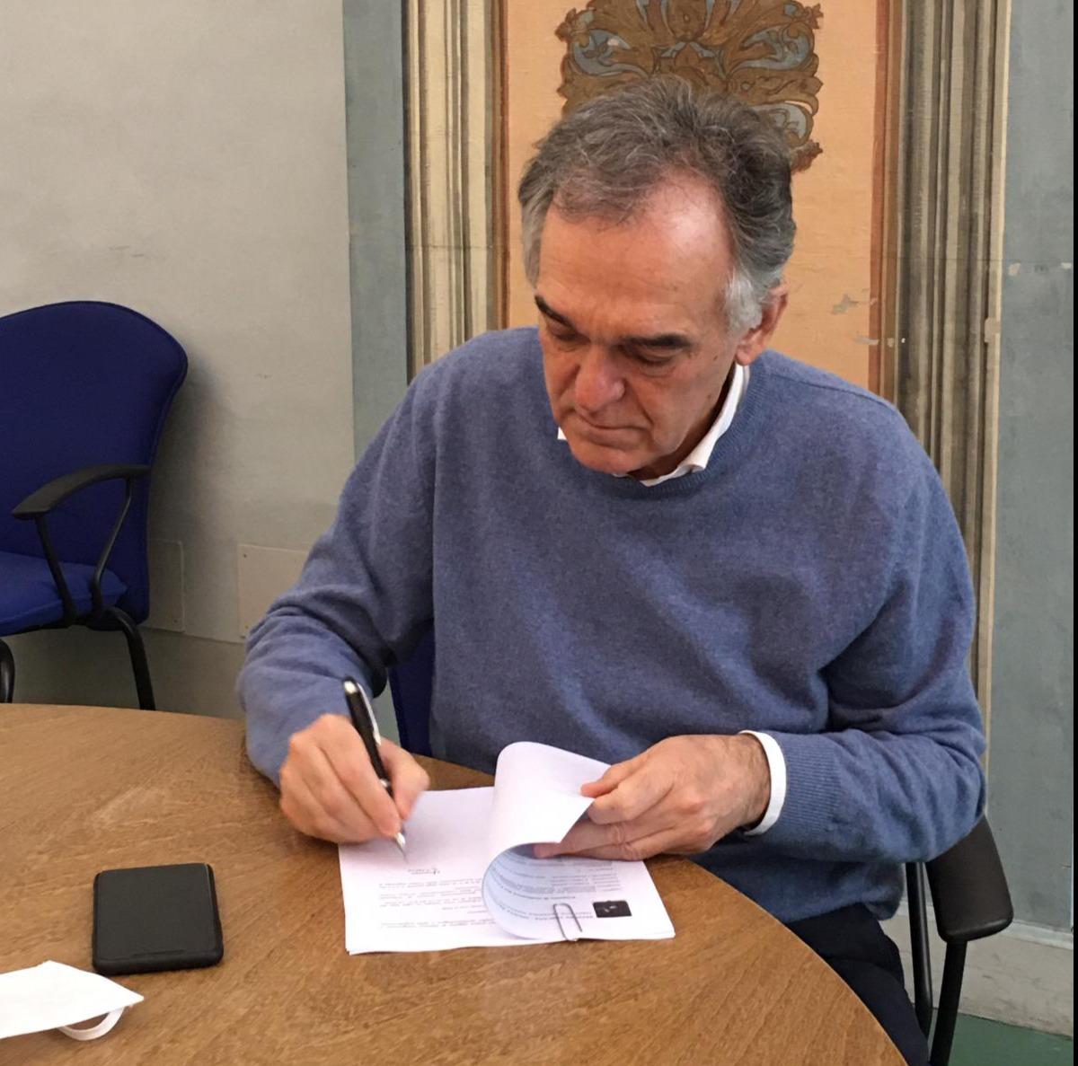 Rossi scrive a Conte, vietare rientri nelle seconde case dal 4 maggio