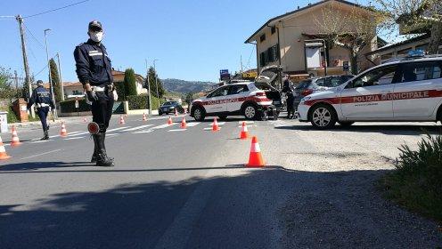 Il Covid-19 entra anche nei corsi della polizia locale
