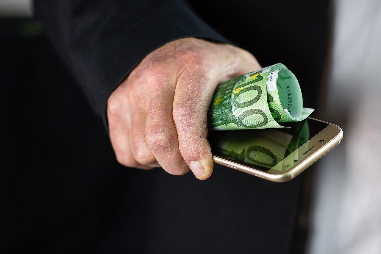 Carte conto Oval Pay, un buon modo per gestire i propri risparmi