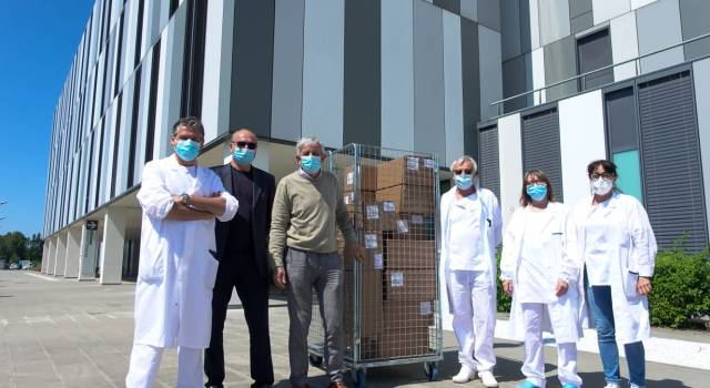 Ospedale Apuane: 800 gel idroalcolici donati da Federmanager