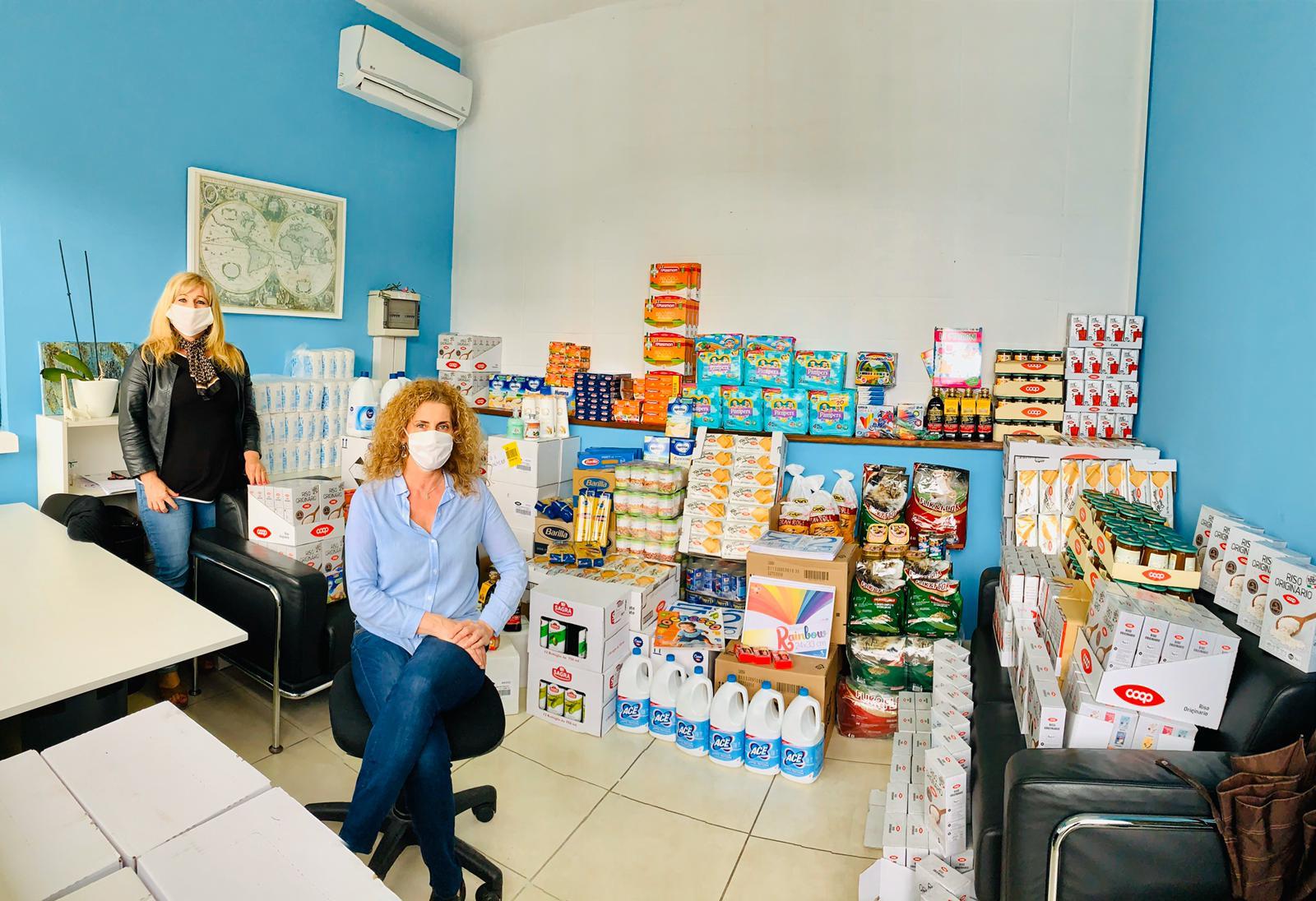 Fase 2: al via la distribuzione di pannolini e generi alimentari per neonati