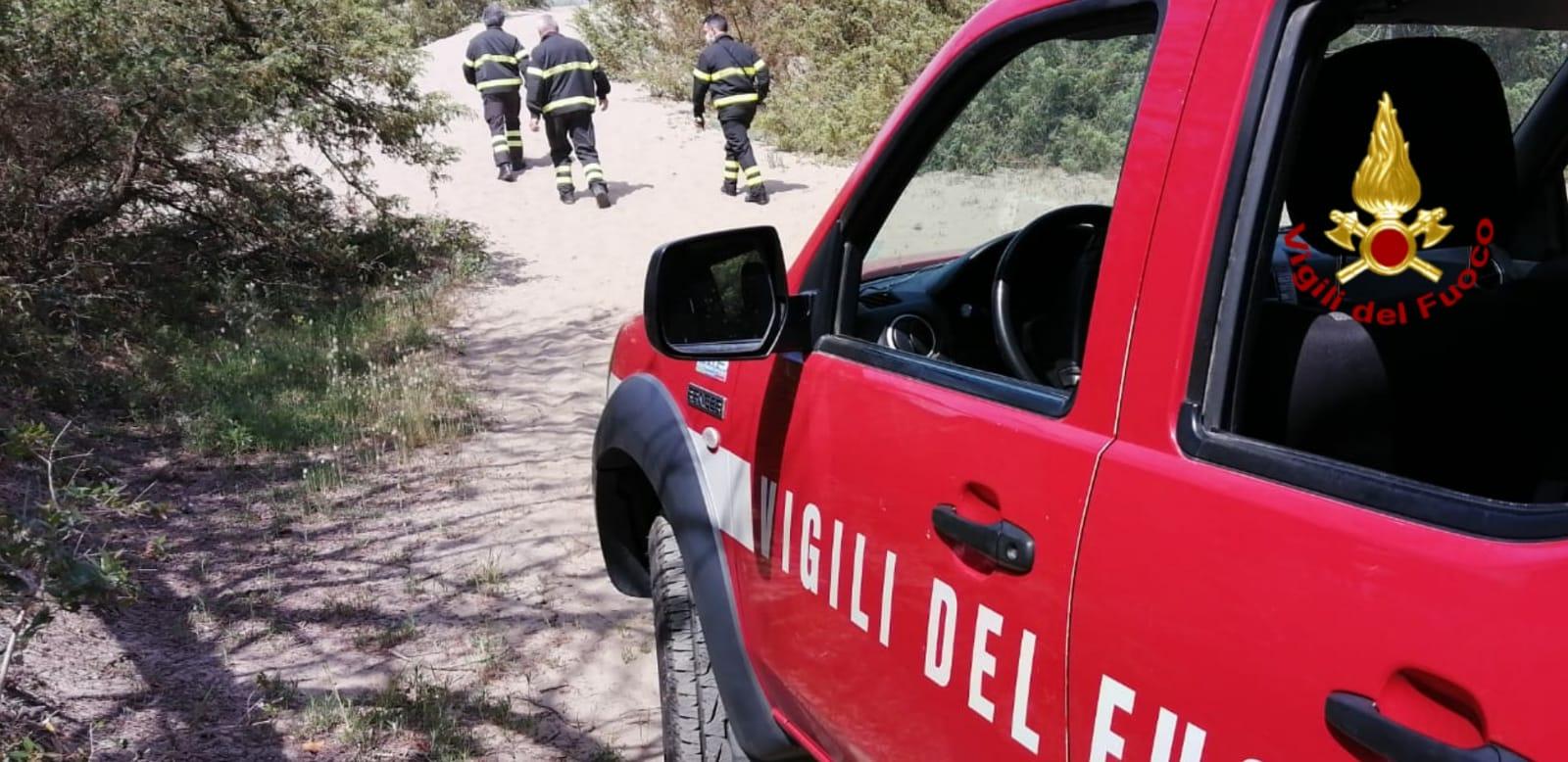 Ritrovato morto in un fossato l'uomo disperso a Pietrasanta: il corpo era nascosto da un canneto