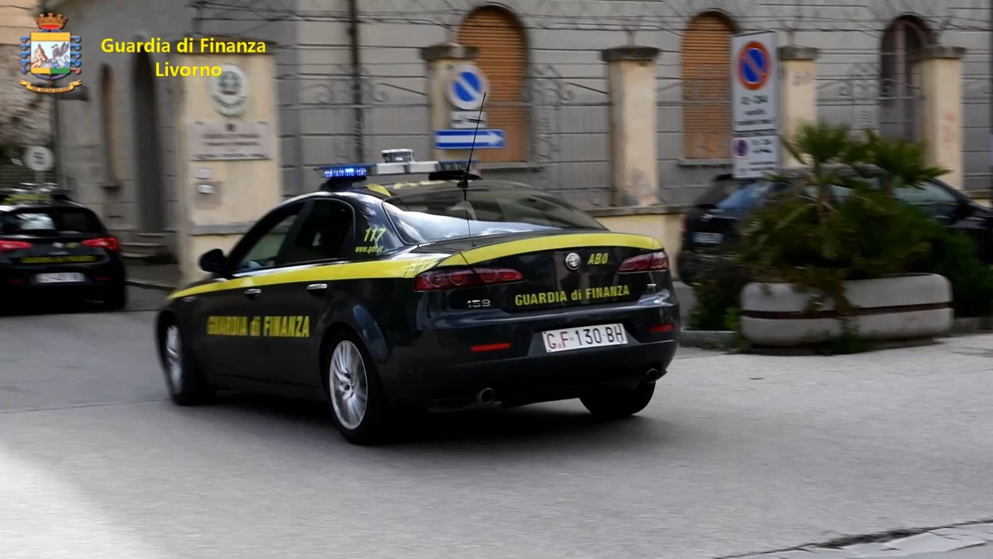 """Droga e Coronavirus, commerciante di sapone """"capocordata"""" di traffici di cocaina all'Elba: in 8 ai domiciliari"""